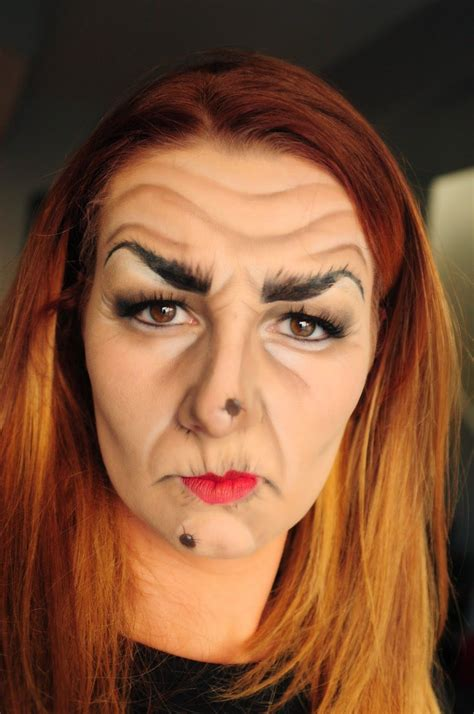 beauty  katie livingston  age witch makeup