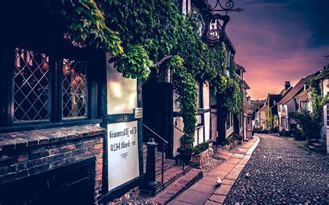 landscape urban  tavern street london shrubs