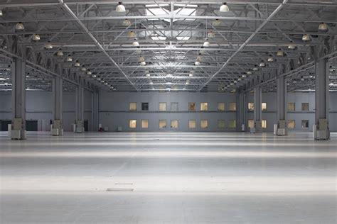 the floor warehouse industrial floor cleaning machines important factors to consider