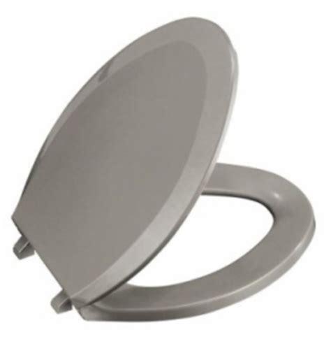 kohler    lustra solid plastic closed front toilet