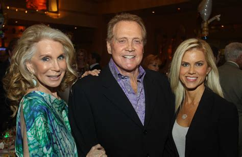 Lee Majors Toys Around For Escape