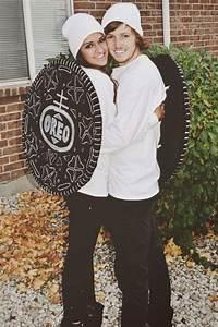 40+ Oh-So-Innovative DIY Couple Halloween Costume Ideas ...