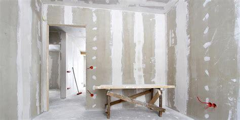 poser une porte interieure en renovation poser une porte dans une cloison en placo