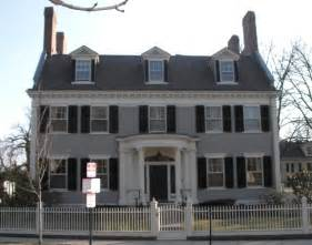 Surprisingly Colonial Style House by The Post Road Colonial Revival