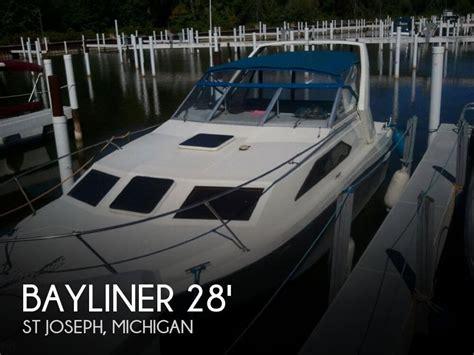 Boats For Sale Saint Joseph Mi by 1987 Bayliner 27 Power Boat For Sale In Saint Joseph Mi