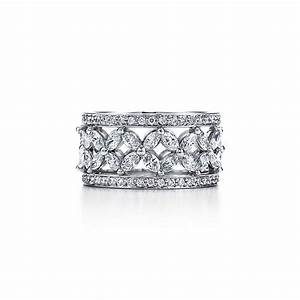 Tiffany Ring Verlobung : tiffany victoria band ring looking pretty jewelry ~ Orissabook.com Haus und Dekorationen