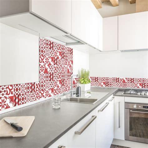 stickers cuisine castorama crédence de cuisine adhésive en aluminium carreaux de