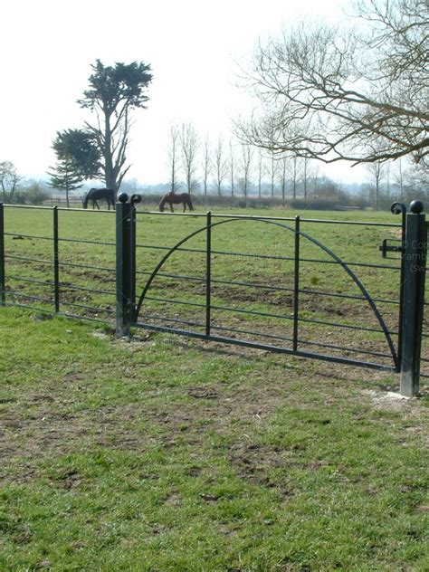 estate fencing somerset