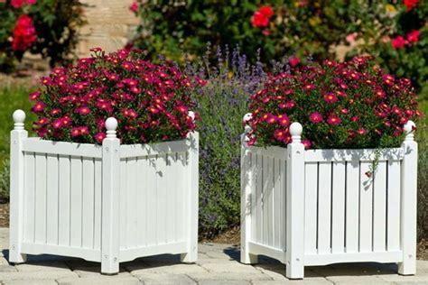 ringhiera per terrazzo fioriere