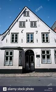 Husum Haus Kaufen : 12 april 2009 bewohnte haus des schriftstellers theodor storm von 1845 bis 1853 immensee in ~ Orissabook.com Haus und Dekorationen