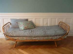 Lit En Osier : excellent trs beau lit corbeille en bambou des annes with ~ Teatrodelosmanantiales.com Idées de Décoration