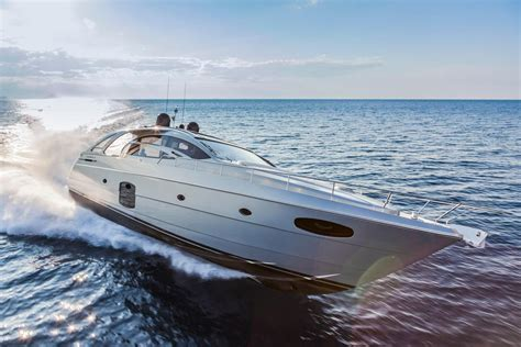 Discover the passion, innovation and excellence that make our boats simply breathtaking. 2016 Pershing 70 Motor Yacht for sale - YachtWorld