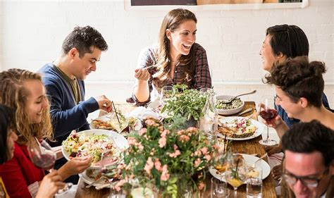 Steps To Mastering The Casual Fall Dinner Party