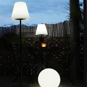 Lampe Solaire Terrasse : lampe solaire de terrasse sur pied arte 130 lumens ~ Edinachiropracticcenter.com Idées de Décoration