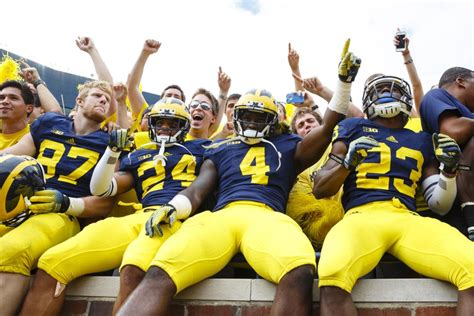 college football colors the 10 best team colors in college football of 2014 fan