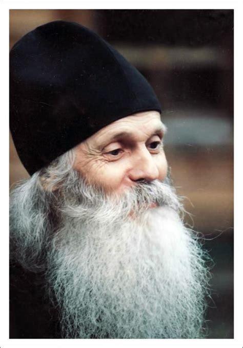 Tēvs Viktors (Mamontovs)