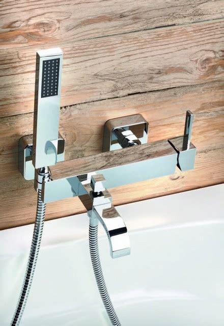 vasca da bagno doppia monocomando vasca con doccia e flessibile doppia aggraffatura