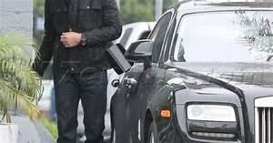 Tom Brady fills up his Rolls Royce Ghost. #NFL #pumpinggas ...