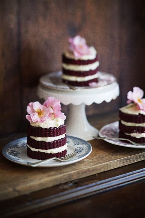 red velvet mini cakes play sarah dall