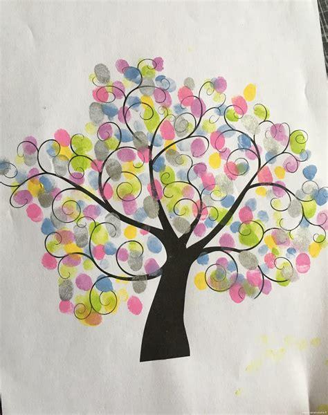 couleurs peinture cuisine l 39 arbre à empreintes le de maman plume