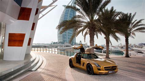 Luxury Cars Parade In Dubai 2015
