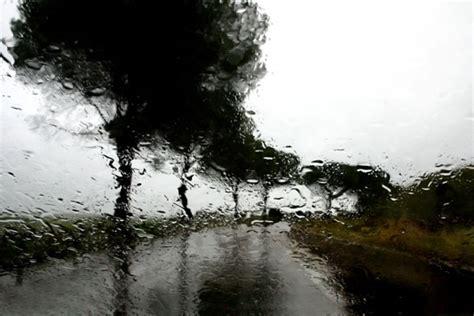 roads  rain photographs  abbas kiarostami art