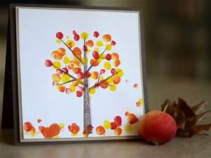 Blätter Basteln Herbst : baum herbst fingerfarbe bl tter basteln kinder ~ Lizthompson.info Haus und Dekorationen
