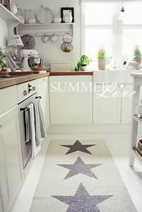 Teppich In Küche : die besten 25 teppich k che ideen auf pinterest teppich f r k che moderne teppiche und ~ Markanthonyermac.com Haus und Dekorationen