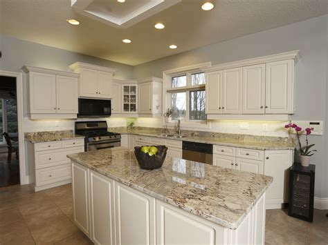 white kitchen cabinets with beige granite quicua