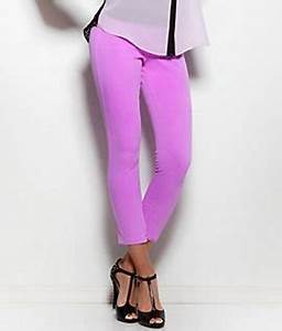 HUE Chinos Skimmer Neon Color Leggings Style at