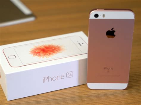 iphone 6s 64gb rosegold gold iphone se unboxed imore
