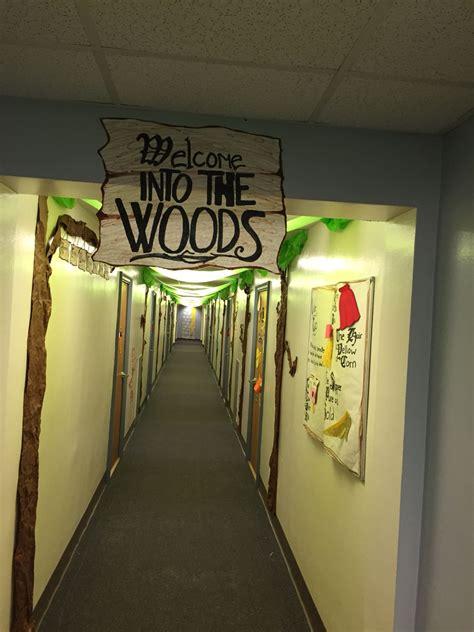 woods floor theme ra ra ideas hall