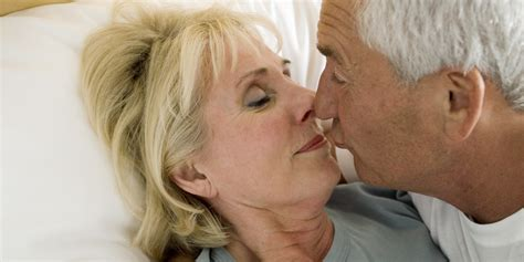 Sex In Old Age May Boost Brain Power Study Finds Huffpost