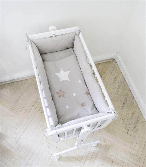 chambre bebe fille pas cher tour de lit pour berceau etoile taupe gigoteuse com