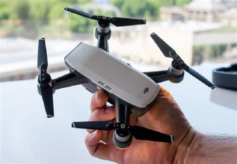 dji spark mini camera drone proves big     small packages  tv tech geeks news