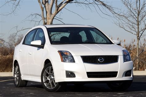 2010 Nissan Sentra Se R by Review 2010 Nissan Sentra Se R Photo Gallery Autoblog