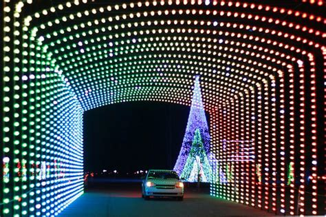 christmas lights in cincinnati ohio christmas nights of lights north cincinnati christmas