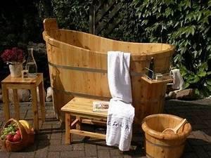 Tauchbecken Im Garten : die besten 25 badebottich ideen auf pinterest schwimmteich selber bauen badefass und selber ~ Sanjose-hotels-ca.com Haus und Dekorationen