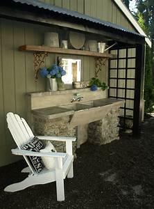 Außenwaschbecken Garten Waschbecken : our outdoor garden sink with hot and cold running water cement counter top recycled concrete ~ Eleganceandgraceweddings.com Haus und Dekorationen