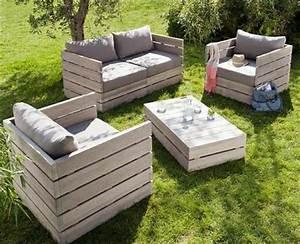 Coussin Pour Salon De Jardin En Palette : les palettes en tant que mobilier de jardin cr atif ~ Teatrodelosmanantiales.com Idées de Décoration