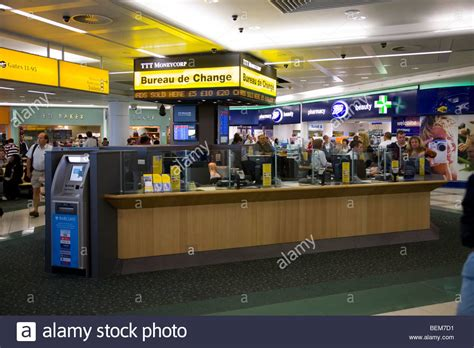 bureau de change at gatwick airport bureau de change office operated by ttt moneycorp at