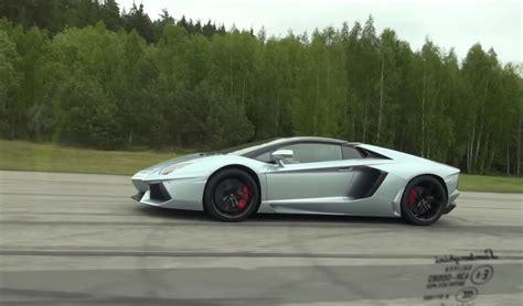Lamborghini Aventador Races Huracan To Prove Which Is