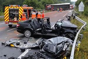 Accident Moto Haute Savoie : haute savoie 24 de morts sur les routes radio mont blanc ~ Maxctalentgroup.com Avis de Voitures