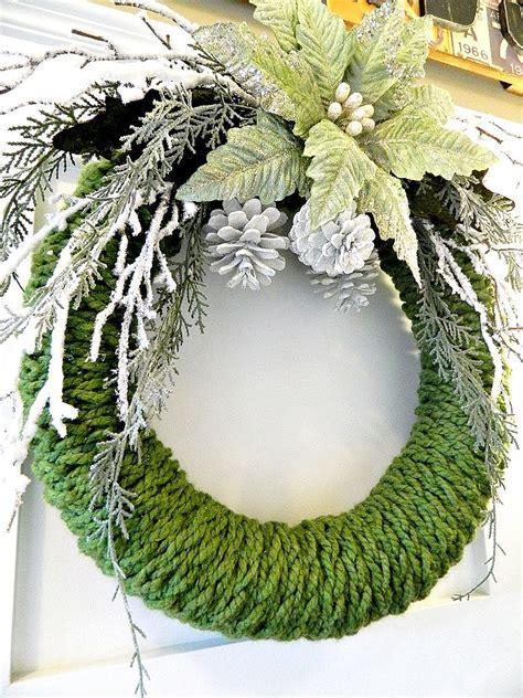 Hometalk   Finger Knitted Christmas Wreath