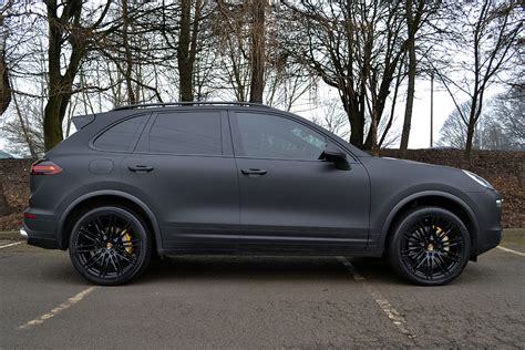cayenne porsche black porsche cayenne wrapped in matte black reforma uk
