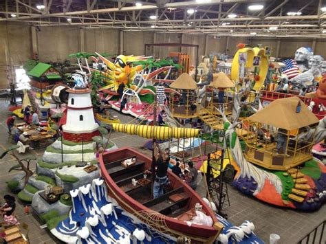 parade float decorations philippines 2016 parade floats at decorating company