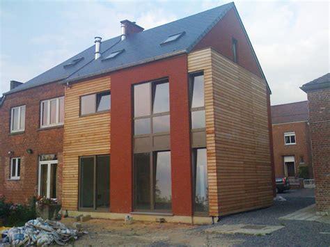 maison brique et bois maison avec habillage bois et enduit greenwich