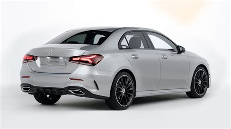 Un vero pickup di fascia superiore: Mercedes-Benz A-Class Sedan: Design