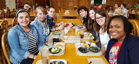 campus dining graduate student life university