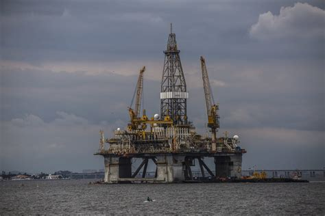 Oil comes off lows as hopes of OPEC cut, stimulus counter ...